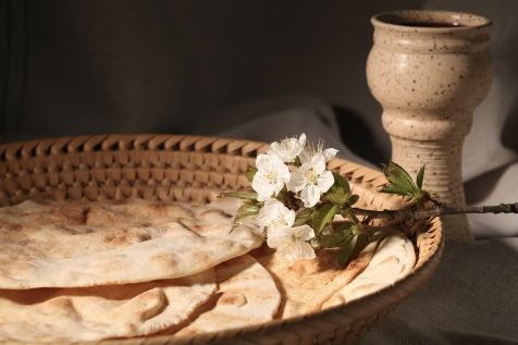 passover-unleavened-bread-and-wine